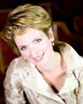 Kelly Hodson Soprano